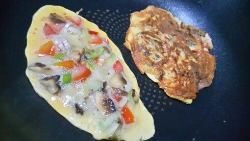 Musroom and tomato omelet for breakfast