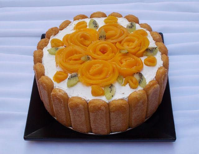 Tort cu iaurt, frisca si fructe - Bunătăți din bucătăria Gicuței
