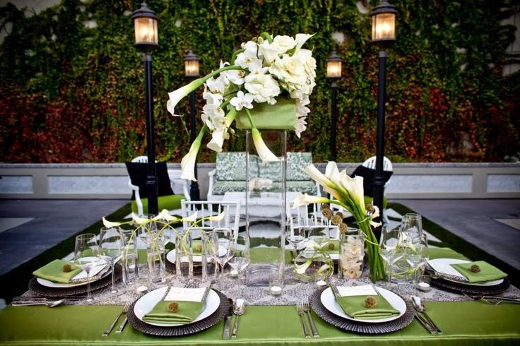 stunning calla lily tablescape