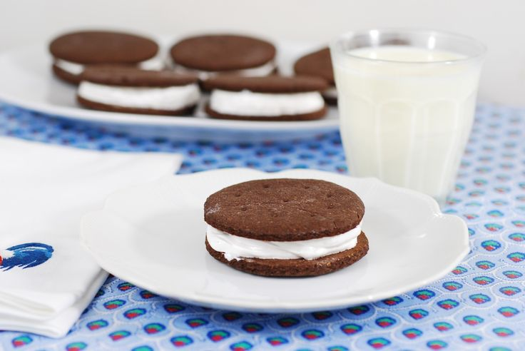 Chocolate graham crackers filled with maple marshmallow cream