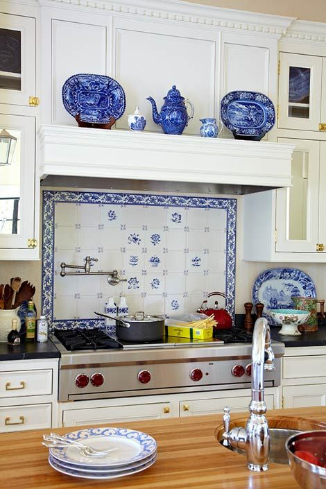 Love the delft blue. Love the Blue Earthware. The Blue Tile Accent Pretty! I really would love to Display some Blue Earth ware!