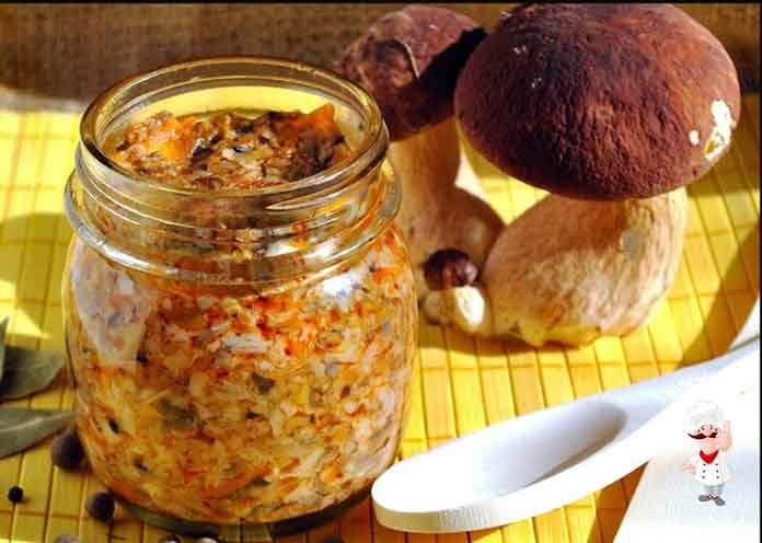 Икра из грибов на зиму - вкусная и популярная заготовка, станет прекрасным дополнением к гарниру.Зимой вы удивите своих родных и друзей изумительной закуской.