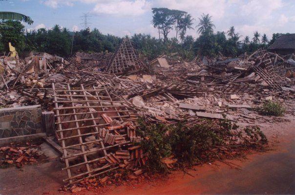 Gempa Jateng Diy 2006