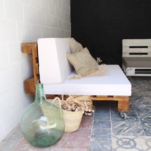 04-sofa-palets-maladeta-barniz
