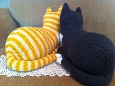 Ravelry: The Parlor Cat pattern by Sara Elizabeth Kellner The two pictured remind me of Jackson and Moomoo.
