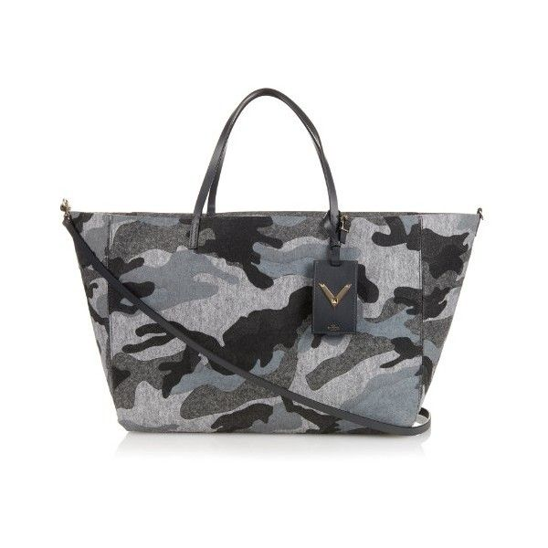 Valentino Camo-print flannel tote (€1.835) ❤ liked on Polyvore featuring bags, handbags, tote bags, grey multi, camo handbags, grey purse, camouflage purse, camo tote bag and gray tote