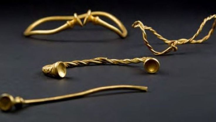 A British Museum expert says the Leekfrith Iron Age Torcs are of international importance.