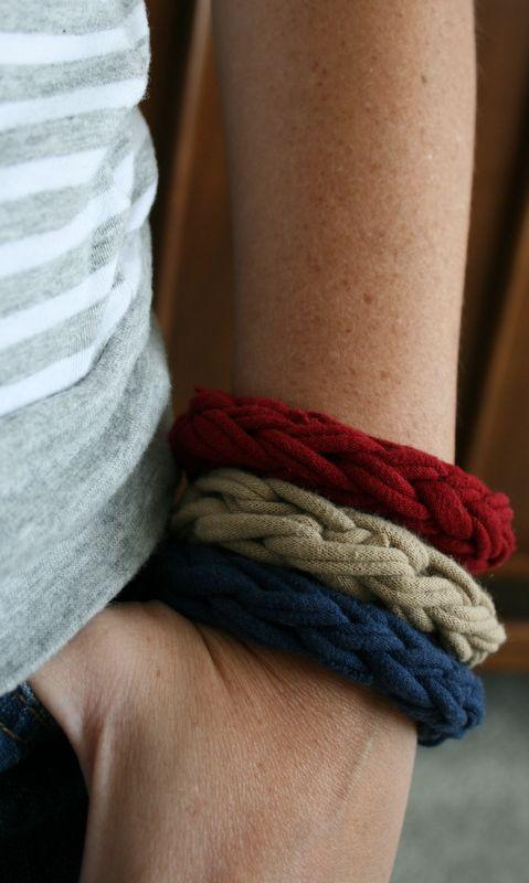 Finger Knitting bracelets - Jan 2012: Crochet Bracelets, Scrap Yarns Knits Projects, Boys Bracelets, Fingers Knitting Bracelets, Fabrics, Finger Knitting, Fingers Knits Ideas For Boys, Fingers Knits Bracelets, Fingers Knittingbracelet