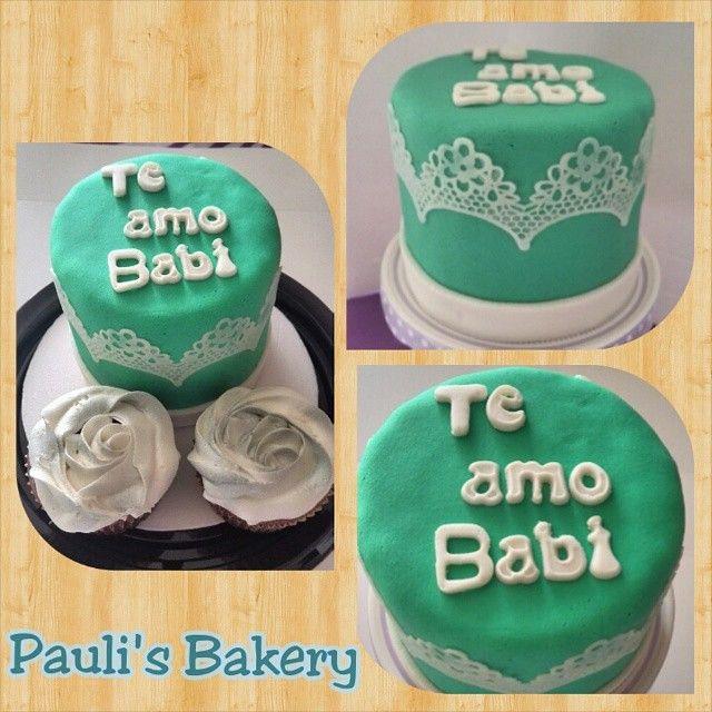 Mini torta con encaje comestible. #sugarveil #minicake