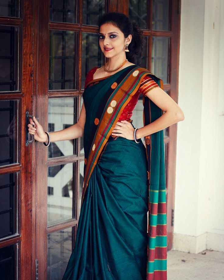 Looking for designer blouse patterns for sarees? Here are 15 most flattering models that will go well with any saree. Do try them and look chic.