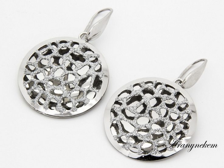 Ródiumos ezüst csillámos beakasztós fülbevaló