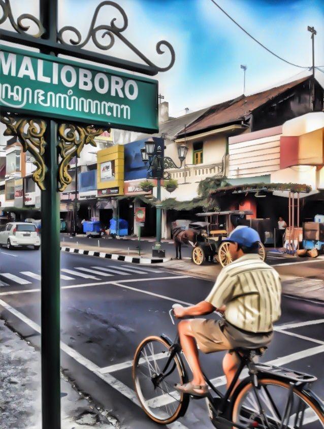 Yogyakarta's Jalan Malioboro #Indonesia #bicycles