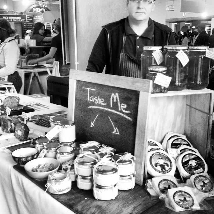 @neighbourgoods market in juta street in Braamfontien