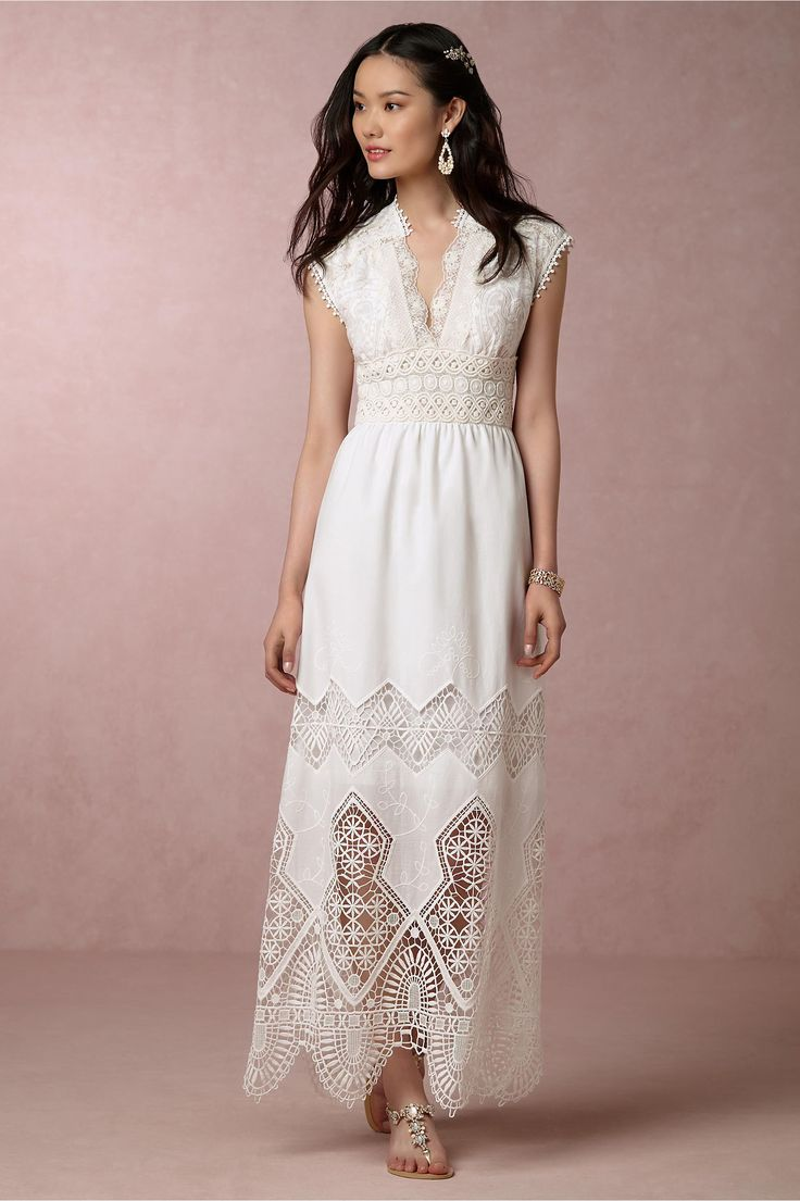 White Dress For Beach Wedding. Amazing Weddings Beach Wedding ...