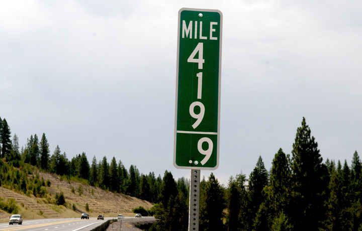 Idaho Replaces 420 Mile Marker With 419.9 Sign Because Stoners - BuzzFeed News
