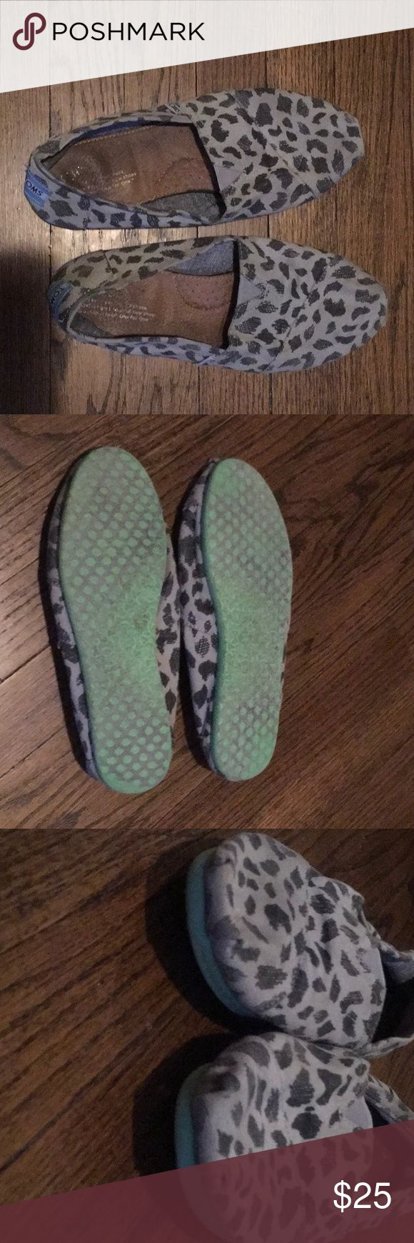 Gray Leopard TOMS 8.5 Gray leopard print Original Toms with green sole. Used Condition, but the toes and heels still look good, no holes, etc. Some slipping in the leather interior lining, but other than that good condition. Make an offer! Toms Shoes