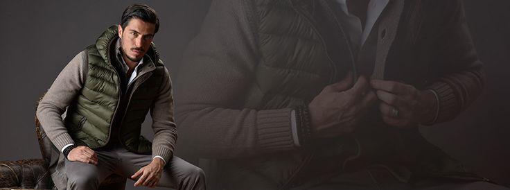 Il gilet smanicato uomo è il capospalla perfetto per la mezza stagione. Sportivo, trapuntato o in versione giacca senza maniche l'armadio maschile deve averlo.br /Gilet smanicato uomo: senza maniche ma tutto d'un pezzobr /Pioggia, sole. Sole e pioggia: è la trama perfetta del film che
