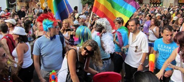 #barcelone #barcelona #барселона #гейшампле #gayxample #чемзаняться #кудапойти #чтопосмотреть #отдых #развлечения #gayfriendly #фестивали #лгбт Гей-фестиваль в Барселоне. Gay-friendly заведения в Барселоне: бары, клубы, отели | Барселона10 - путеводитель по Барселоне
