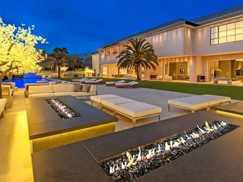 The 25 Most Expensive Homes For Sale in the U.S. Right Now