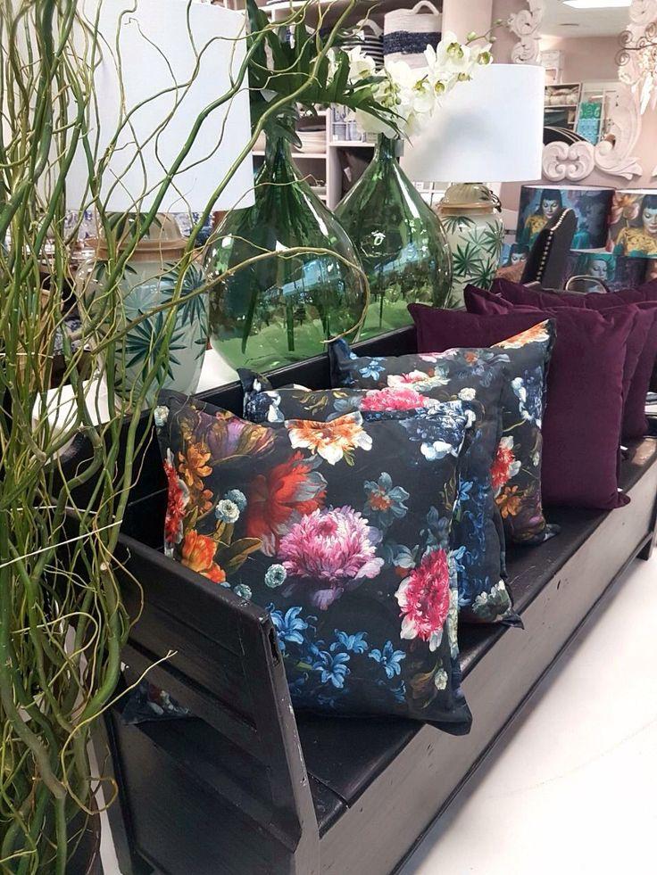 Winter 2018... Plum, bottle green, florals and velvets! #winter2018 #2018trends #decor2018
