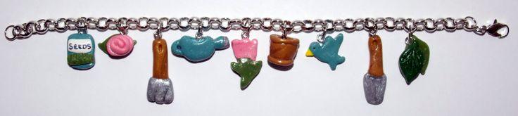 Gardener's bracelet! For anyone who has a green thumb!