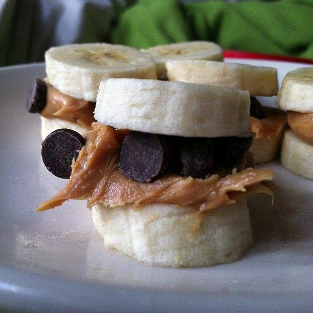 Banana, Peanut Butter & Dark Chocolate Chip bites
