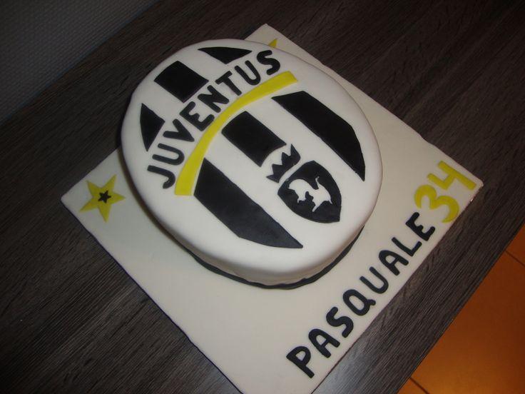 Juventus Cake Mes G 226 Teaux En P 226 Te 224 Sucre Pinterest Cake