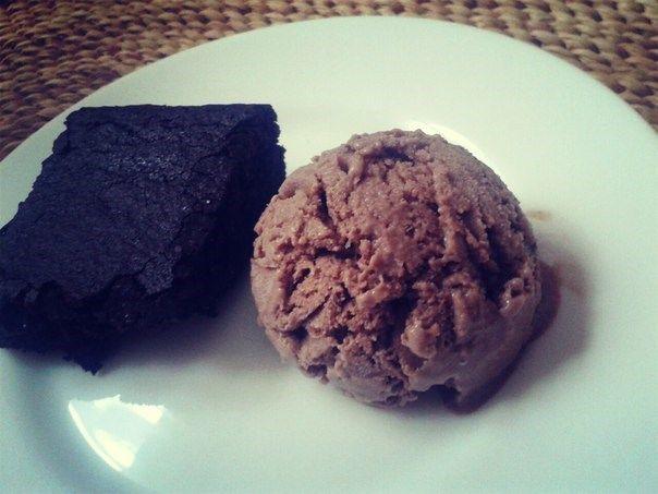 Итальянское шоколадное мороженое (Gelato)