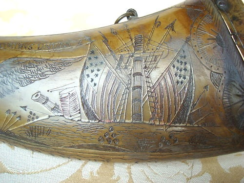 ANTIQUE AMERICAN SCRIMSHAW CARVED HORN POWDER FLASK c1820 AMERICAN FLAG EAGLE | eBay