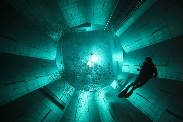 nemo 33: The World's Deepest Swimming Pool.: Deepest Indoor, Swimming Pools, World S Deepest, Deepest Swimming, No 33, Indoor Swimming