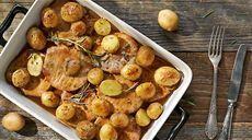 Przepis na pieczoną wieprzowinę z ziemniakami