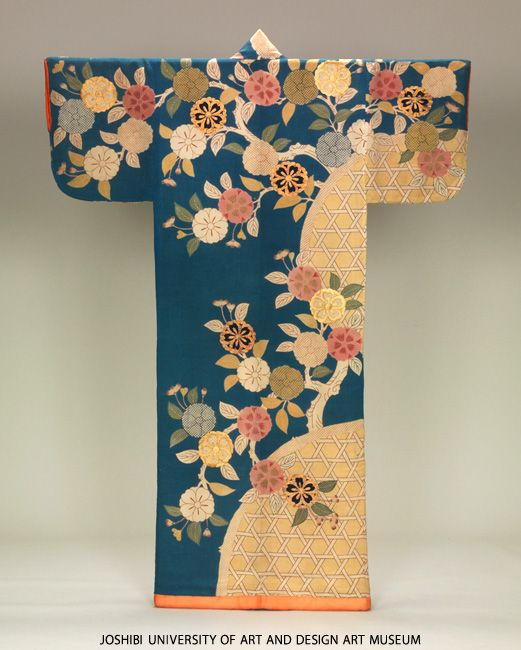 Kosode with gabions and blooming cherry trees, 18th century, Paste-resist dyeing (yuzen), embroidery and printed freckled pattern on grayish-indigo silk crepe (chirimen).