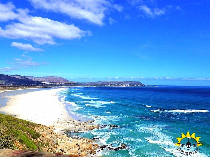 Kapstadt mit Kind - unbedingt! Acht gute Gründe und acht geniale Bilder zeigen Euch wieso die Mother City Südafrikas mit Kind besucht werden muss. Keine Zeitverschiebung, die Anreise per Nachtflug, tausende Ausflugsmöglichkeiten, eine unglaubliche Kinderfreundlichkeit der Einheimischen, die Tierwelt (Pinguine, Affen, Robben, Wale usw.), das ganzjährig milde Klima und die geringen Lebenshaltungskosten sind ausschlaggebend Cape Town zu besuchen. Llandudno, der Botanische Garten Kirstenbosch…