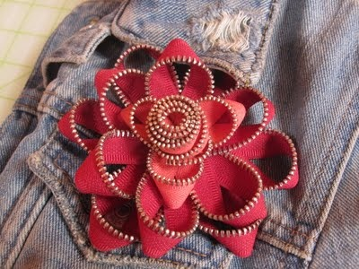 zippersZipper Flowers, Zippers Ideas, Pbs S Sewing, Crafts Ideas, Zippers Art, Zippers Crafts, Zippers Flower, Bows, Zippers Jewelry