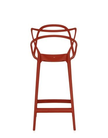 After the success of the Masters chair, winner of prestigious awards like the Good Design Award 2010 and the Gold Dot Award 2013, and which has already become a