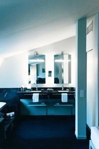 Hotel Miró - 40 of 65