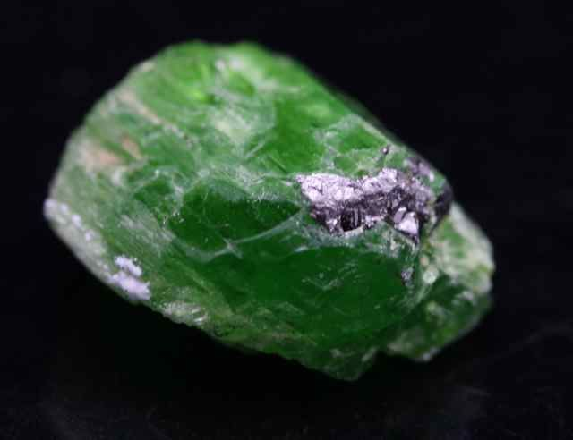 Green Tremolite is one of the high vibration crystals, and vibrates with a dominant energy. Its energy is felt within the uppermost chakras and is predominantly evident at both the third eye and crown chakra.  £45.00  http://www.ksccrystals.com/green-tremolite-8-6648-p.asp