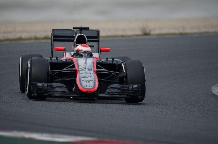 Jenson Button (GBR) McLaren MP4-30. 26.02.2015.