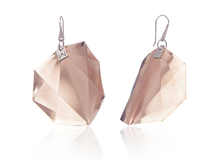 OCTAGON-DIAGONAL-ROSEGOLD  Materials used: Hanger: 925 STERLING silver with rhodium flashing.   Pendant: 14 carat rose gold coating in 3 layers.   Satin finish surface with high gloss finish edges.  Gloss preserving, wear-proof, oxidation resistant and anti-allergenic.  Available in three sizes: with a diameter of 4, 5 and 6 cms.