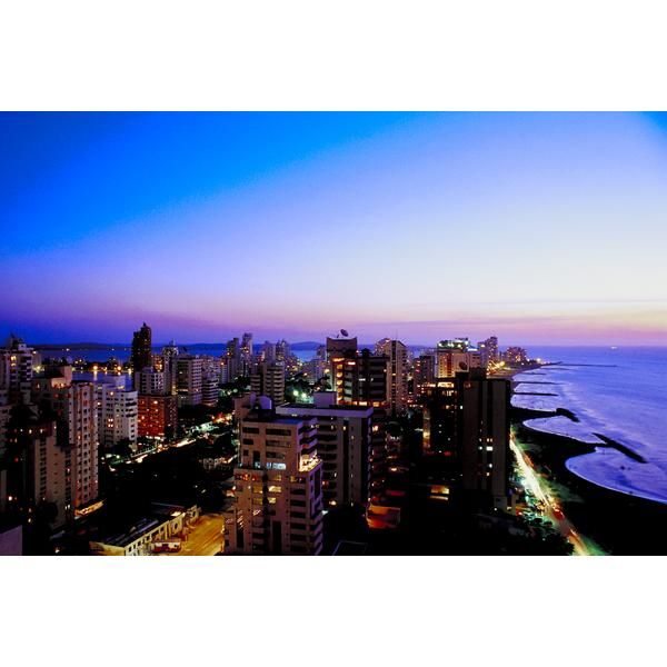 Cartagena es una ciudad colombiana famosa por sus hermosas playas y abundancia de sitios históricos.