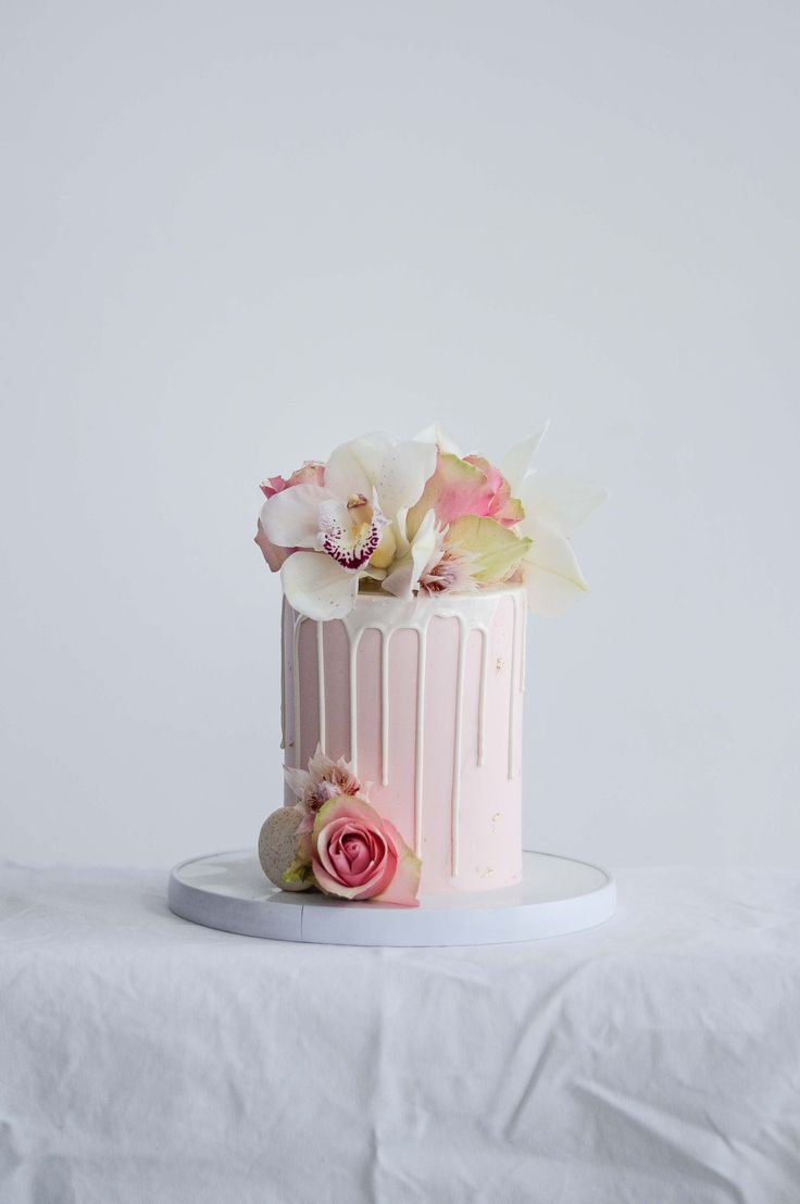 Fresh Floral Celebration Cake by LionHeart