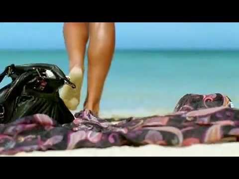 VIAJES A FIJI http://www.pasifika.es/viajes/viajes-a-fiji Vídeo sobre viajes a Fiji realizado por la oficina de turimo. La República de las Islas Fiji es un ...