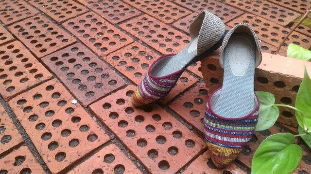 Aira Pointed Toe with tenun stripes ● IDR 155 k