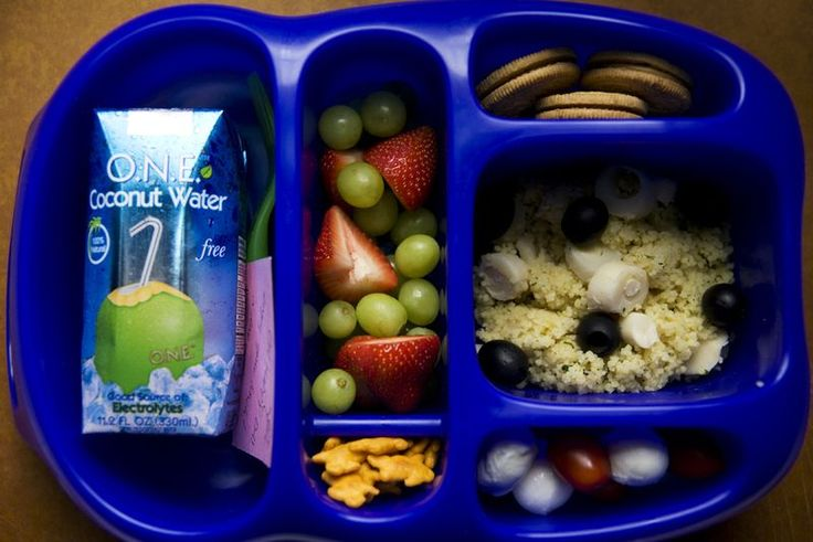 kiddie bento boxes for lunches! No need for plastic baggies
