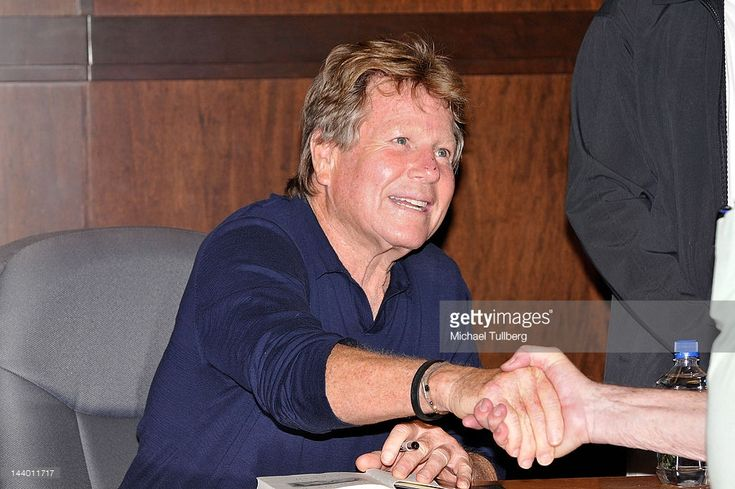 Actor Ryan O'Neal attends a signing for his new book 'Both Of Us' at Barnes & Noble bookstore at The Grove on May 7, 2012 in Los Angeles, California.