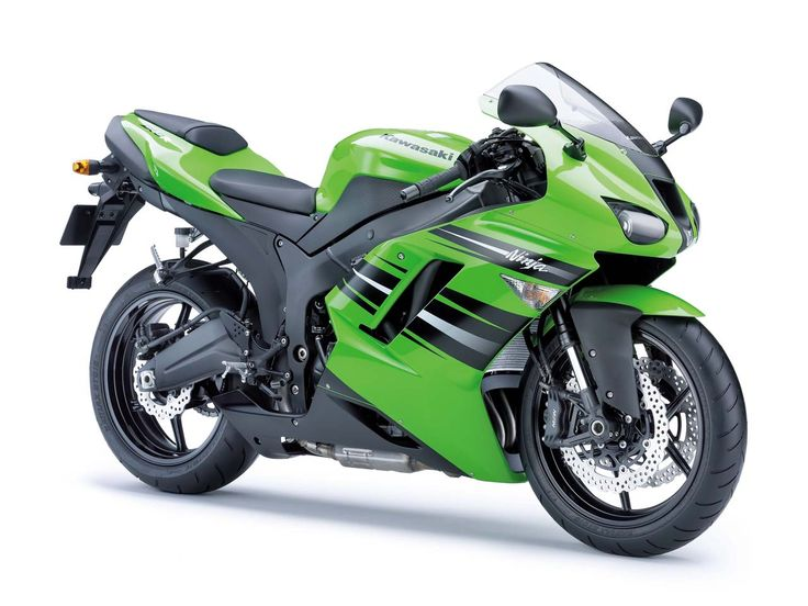 Kawasaki Ninja Zx 6R: Yeah I'm a girl who like to wear high heels, jewlery, and layer too much but I'm also a dreamer