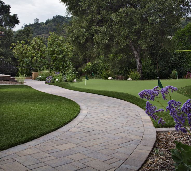 Stone Pathways: Stepping Stone Walkway Ideas + Designs | INSTALL ...