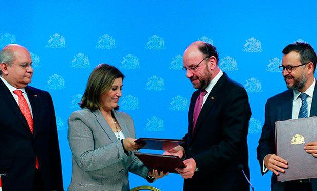 08.02.14: Las fechas clave del cronograma acordado entre Chile y Perú para implementar el fallo de La Haya | Política | LA TERCERA