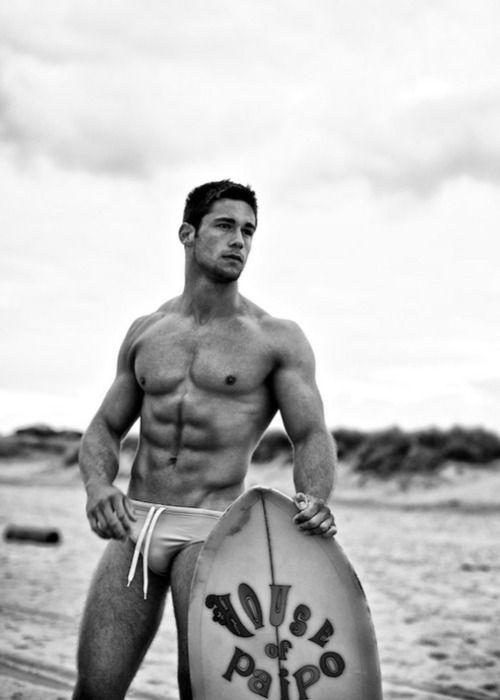 Male surfers Nude Photos 20