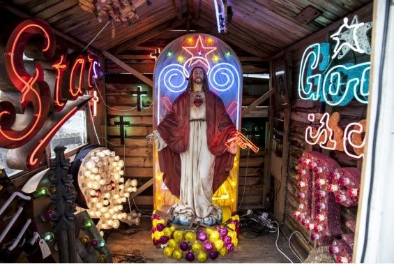 The World's Largest Collection Of Neon Signs Is Ridiculous And Amazing | The Creators Project